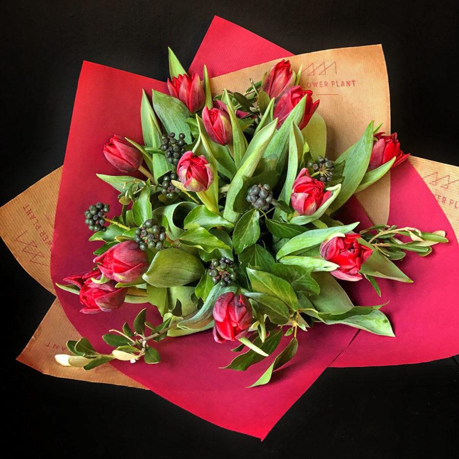 12 Red Tulips Valentines Hand Tie