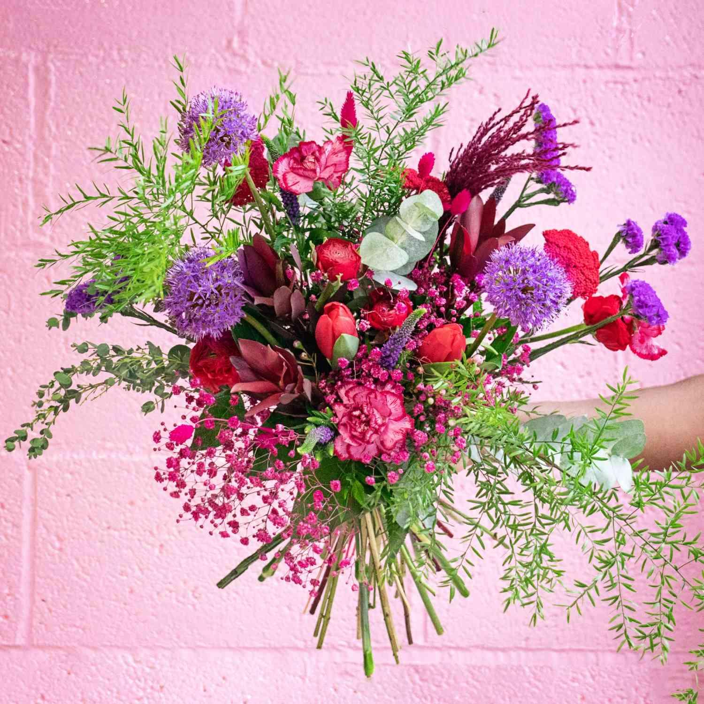 Heart Throb - Valentine's Day Flowers
