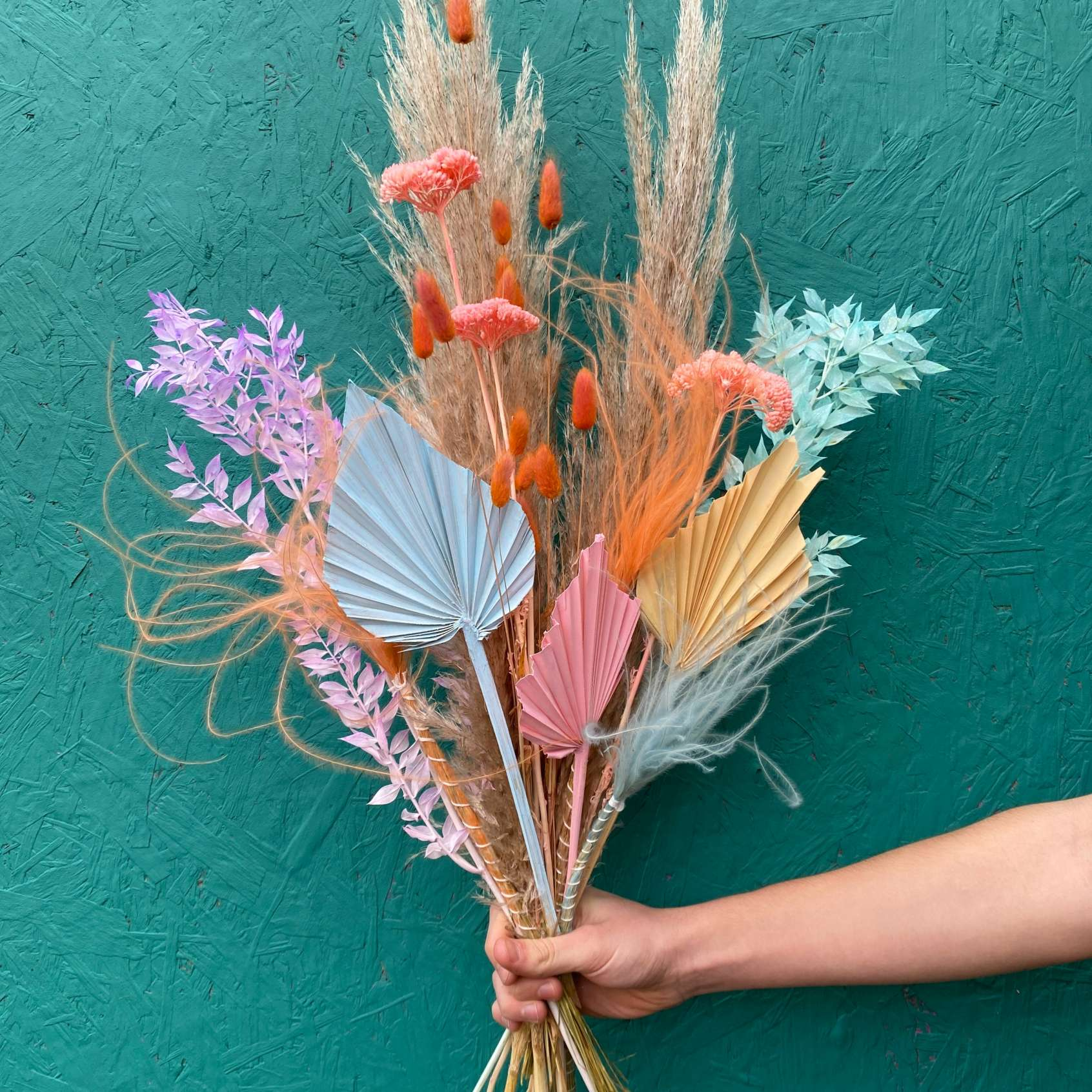 Pastel coloured dried flowers